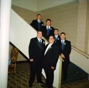 128-groomsmen-stairs
