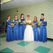 6-sandy-bridesmaids