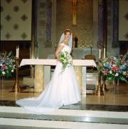 79-bride-altar