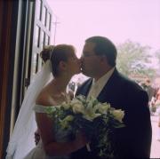 89-church-door-kiss