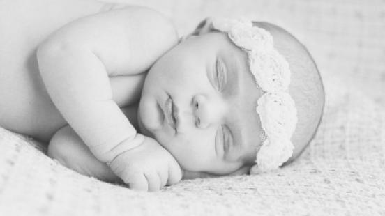 crudwell-newborn_040-bw
